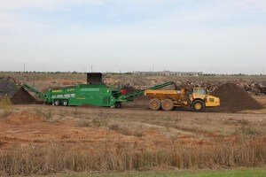Landfill mulch and soil production